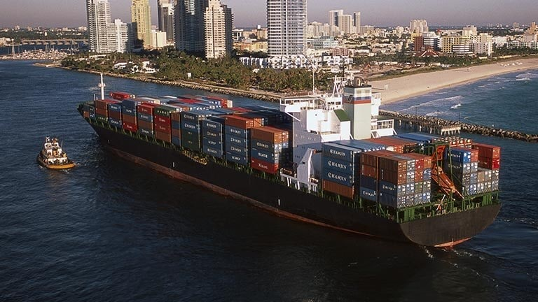 Cargo ship transporting freight containers