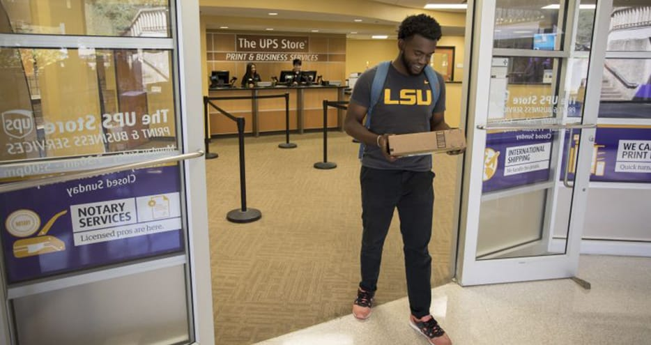 College student vists The UPS Store on campus