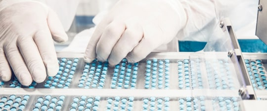 Pharmaceuticals pick, pack and ship warehouse operation